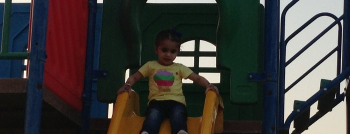 Al Nakheel Park & Playground is one of Northern Borders.
