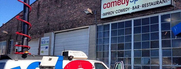 ComedySportz is one of Gregoryさんのお気に入りスポット.