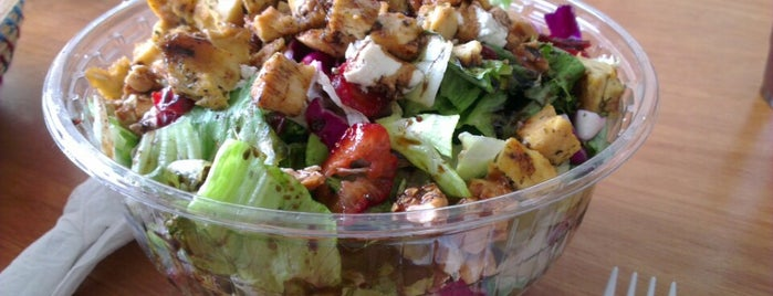Tribeca Bagels & Salads is one of Locais curtidos por Danniel.