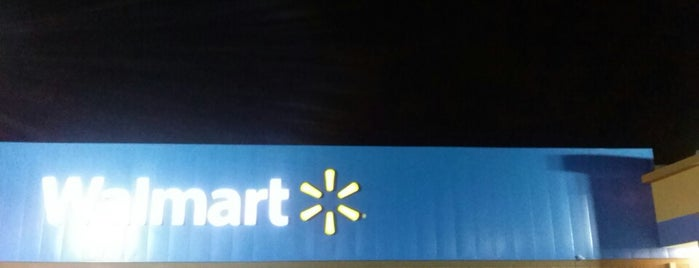 Walmart is one of Fernanda 님이 좋아한 장소.