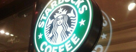 Starbucks is one of Locais curtidos por Fatih.