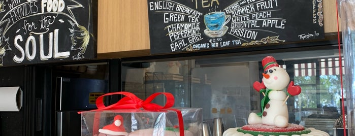 Galette Artisan Bakery is one of Tempat yang Disukai Vangelis.