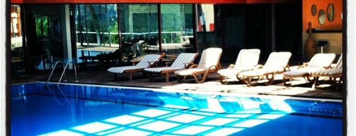 Caliente Garden Legend Hotel is one of Orte, die BERK@N gefallen.