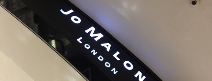 Jo Malone is one of Zübeyde 님이 좋아한 장소.
