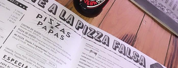 Pizza Del Perro Negro is one of Lieux qui ont plu à Ye.