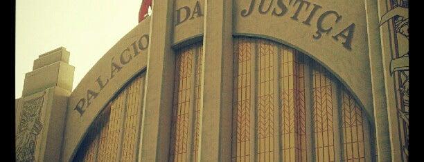 Palácio da Justiça is one of Diversão.