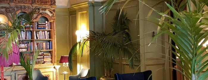 Siren Hotel is one of Grace'nin Beğendiği Mekanlar.