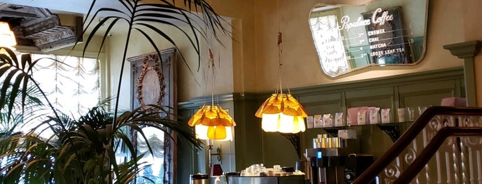 Karl's Coffee Shop is one of Locais salvos de Joey.