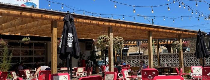 Pizza Lobo is one of Neighborhood.