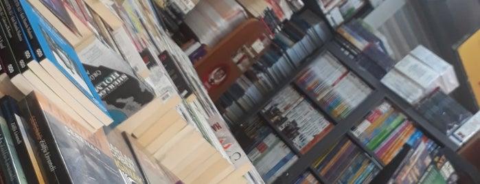 Kitapçılar Çarşısı is one of Posti che sono piaciuti a Dilek.