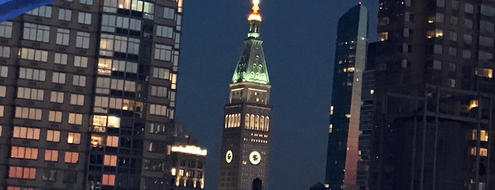 The Roofbar is one of Manhattan Bars to Check Out.
