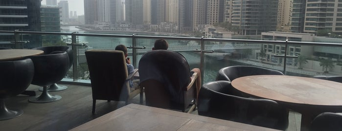 Dubai Marina Walk is one of Volker 님이 좋아한 장소.