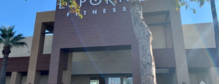 LA Fitness is one of Tempat yang Disukai Dawna.
