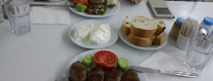 Bergama Köftecisi is one of İZMİR EATING AND DRINKING GUIDE.