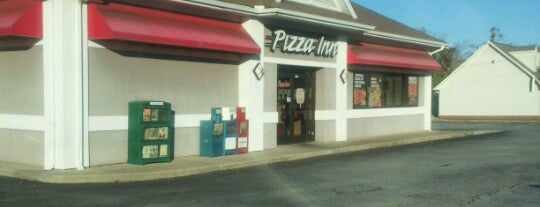 Pizza Inn - Greenville is one of Joshuaさんの保存済みスポット.