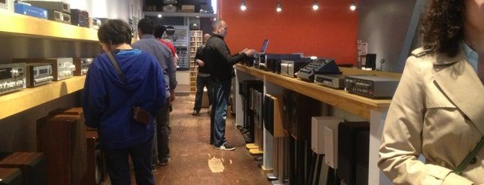 deciBel Audio is one of Andy : понравившиеся места.