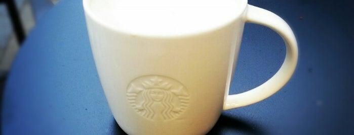 Starbucks is one of Lieux qui ont plu à Martin.