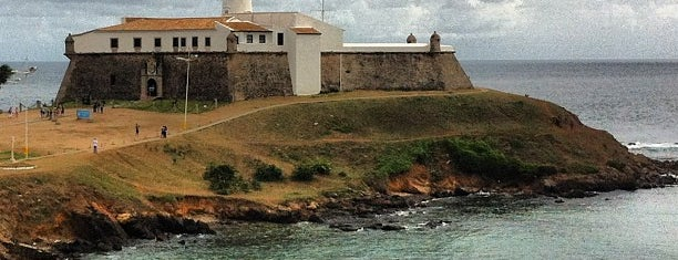 Farol da Barra /  Forte de Santo Antônio da Barra is one of สถานที่ที่ Alvaro ถูกใจ.