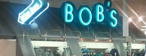 Bob's Stores is one of Locais curtidos por Tim.