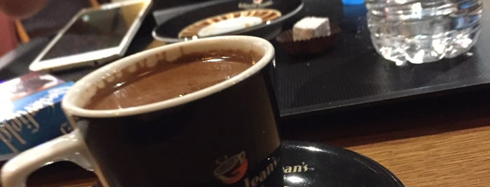 Gloria Jean's Coffees is one of Karadeniz Gezi List.
