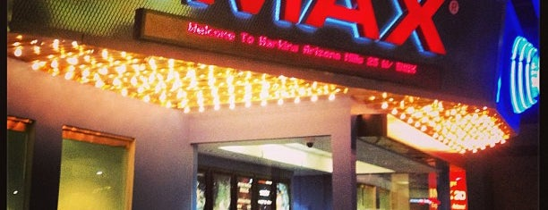 Harkins Theatres Arizona Mills 25 w/ IMAX is one of สถานที่ที่ Andy ถูกใจ.