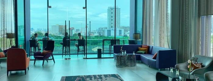 Mercure Bangkok Makkasan is one of Tempat yang Disukai Farkhod.