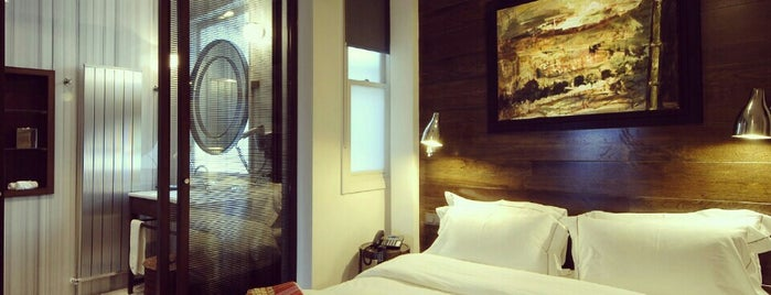 Urban Suites İstanbul is one of Posti che sono piaciuti a g.
