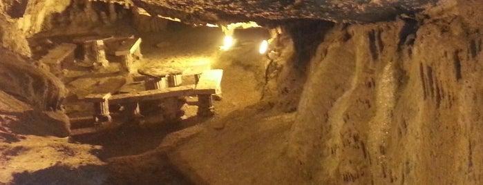 Fakıllı Mağarası is one of Akçakoca Gezilcek Görülecek Yerler.