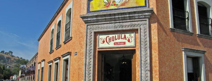 Fonda Cholula Restaurante is one of Locais curtidos por Sergio M. 🇲🇽🇧🇷🇱🇷.