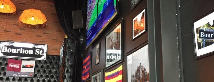 Bourbon St. is one of Locais curtidos por Nan.