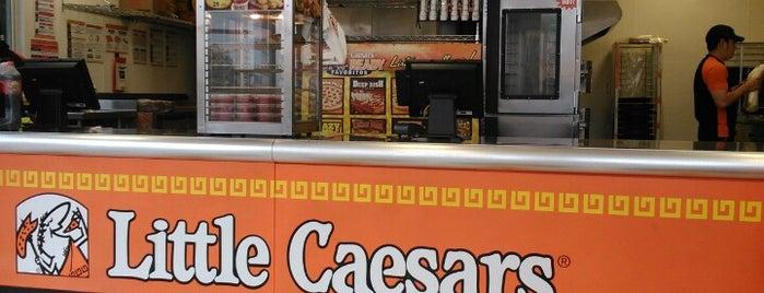 Little Caesars Pizza is one of Dame de tragar, Bartola!.