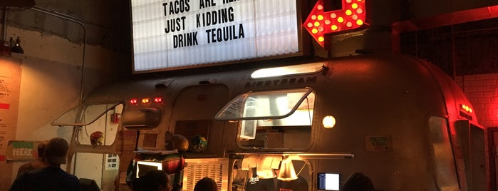 Bodega Taqueria y Tequila is one of Miami with Katie 🧜🏻♀️🌺🌴.