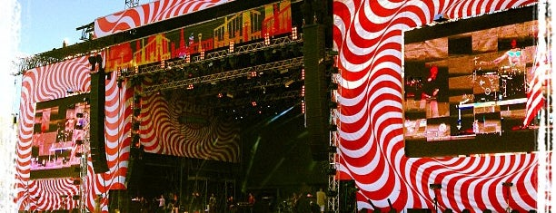 Sziget Main Stage is one of Lugares favoritos de Adam.