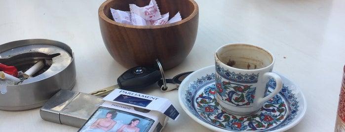 Misscolin Kafe-Pastane is one of Posti che sono piaciuti a Dilek.