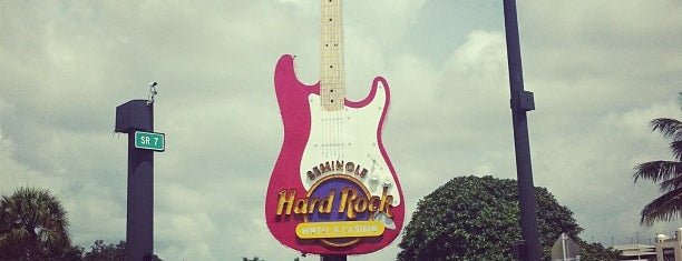 Hard Rock Cafe Hollywood FL is one of 4sqFTL: сохраненные места.