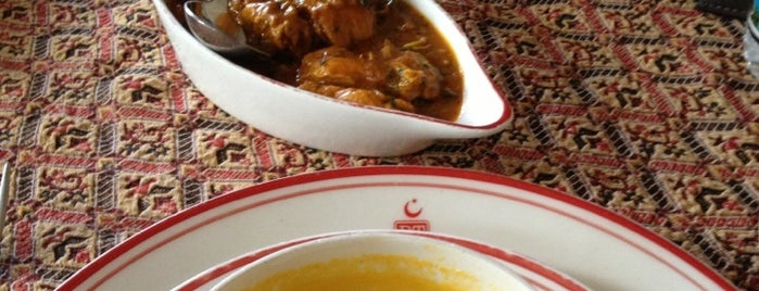 Tandoor is one of Los Mejores Restaurantes en CDMX.
