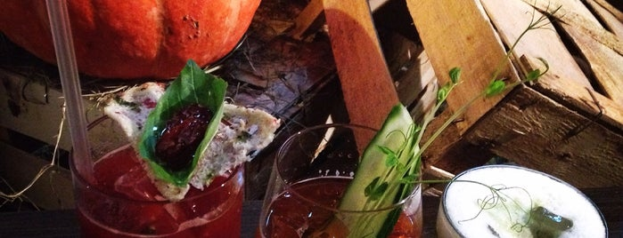 Bloody Mary Bar & Grill is one of JTop.