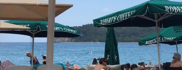 Roberts Coffee Kemer Moonlight is one of Lieux qui ont plu à Can.