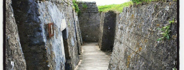 Dodengang / Trenches of Death is one of Uitstap idee.