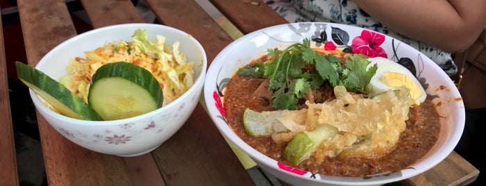 Rangoon NoodleLab is one of Big Belf's Big List of Brooklyn Eats.