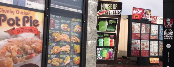 Taco Bell is one of Cece's Places-2.