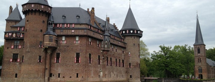 Kasteel De Haar is one of V&A Honeymoon.
