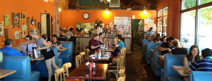 Cup & Saucer Cafe is one of Portland Adventures.