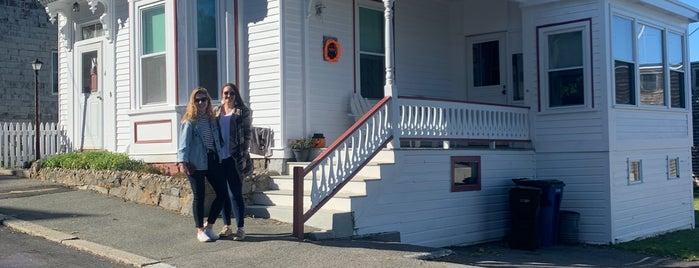 Max & Dani's House is one of Salem, MA.