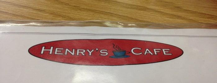 Henry's Cafe is one of Lieux sauvegardés par Tanya.