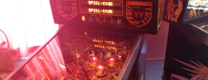 Flippermuseum is one of Pinball Destinations.