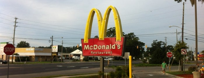 McDonald's is one of Orte, die Dawn gefallen.