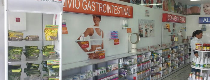 Farmacia GENERI-K de La Dra. Livia is one of Clientes.
