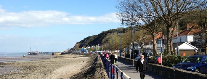 Mumbles is one of Swansea.