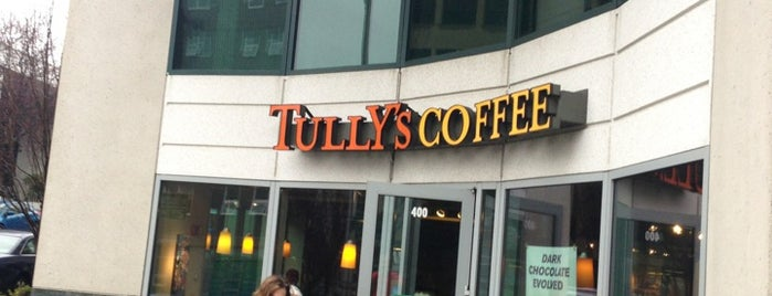 Tully's Coffee is one of Drew 님이 좋아한 장소.